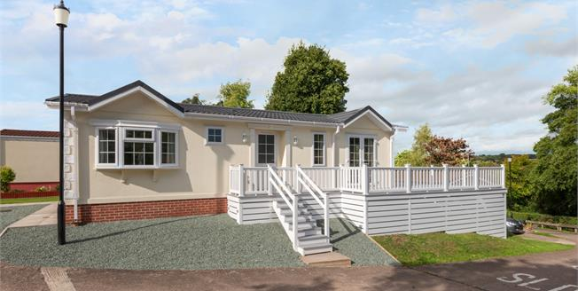 Offers in the region of £169,950, 2 Bedroom Mobile Home For Sale in Stafford, ST17