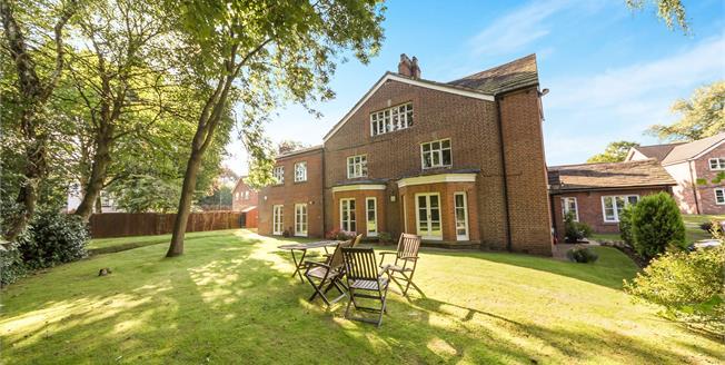 Asking Price £270,000, 3 Bedroom Flat For Sale in Swinton, M27