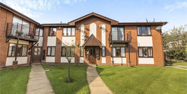 Offers in the region of £90,000, 2 Bedroom Flat For Sale in Radcliffe, M26