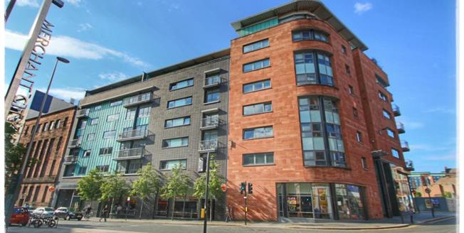 Offers Over £225,000, 2 Bedroom Upper Floor Flat For Sale in Glasgow, G1