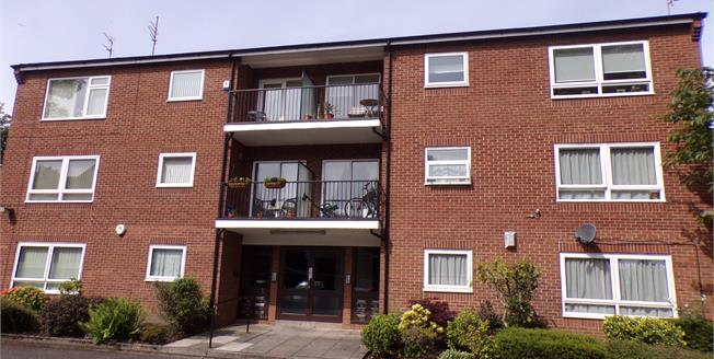 Offers Over £115,000, 1 Bedroom Flat For Sale in Liverpool, L18