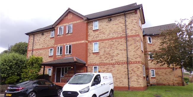 Offers Over £140,000, 2 Bedroom Flat For Sale in Liverpool, L17