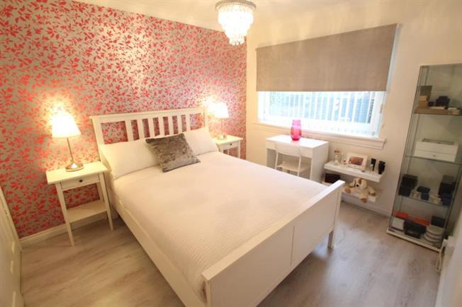 Sold house prices lochalsh crescent milton on campsie