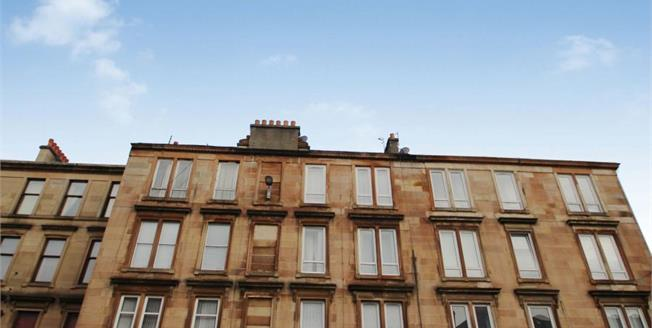 Offers Over £80,000, 3 Bedroom Upper Floor Flat For Sale in Glasgow, G42
