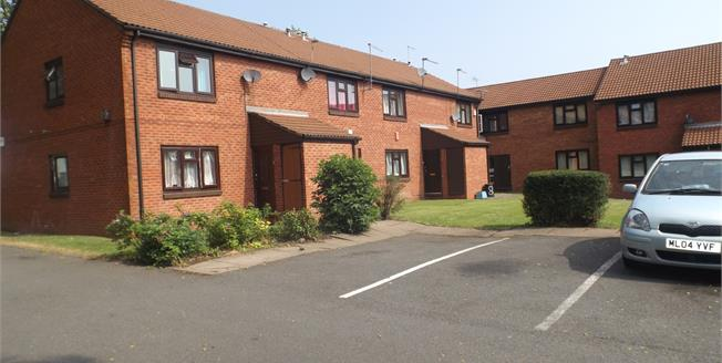 Asking Price £64,995, Flat For Sale in Birmingham, B18