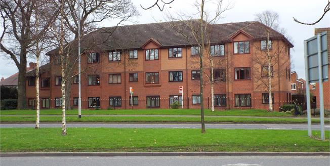 Asking Price £13,000, 1 Bedroom Upper Floor Flat For Sale in Cannock, WS11