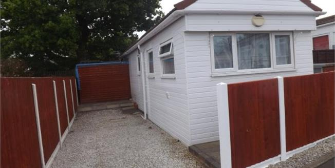 Offers Over £70,000, 1 Bedroom Mobile Home For Sale in Ash Green, CV7