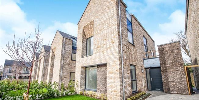 £375,000, 4 Bedroom Detached House For Sale in Crosby, L23