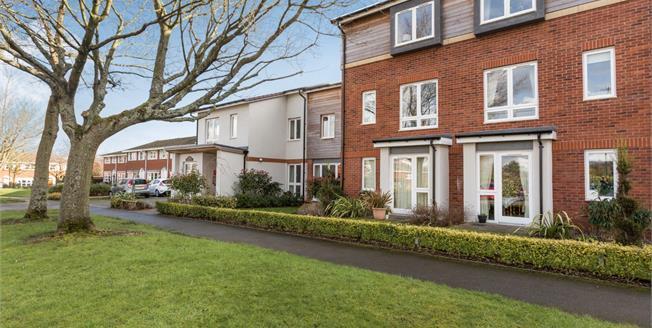Asking Price £120,000, 1 Bedroom Flat For Sale in Birmingham, B38