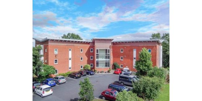 Offers Over £130,000, 2 Bedroom Flat For Sale in Redditch, B97