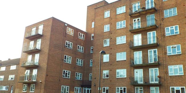 Offers Over £90,000, 1 Bedroom Flat For Sale in Birmingham, B5