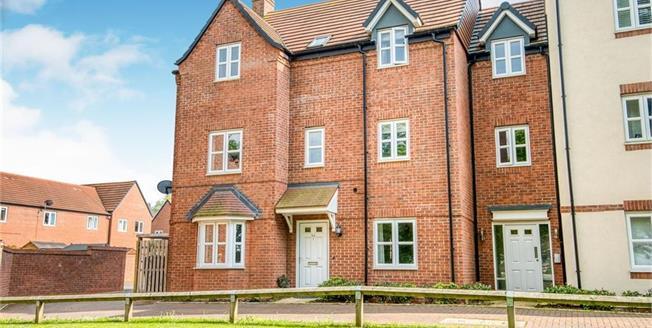 Offers Over £160,000, 2 Bedroom Maisonette For Sale in Meon Vale, CV37