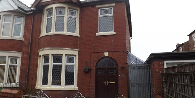 Asking Price £100,000, 3 Bedroom Semi Detached House For Sale in Blackpool, FY1