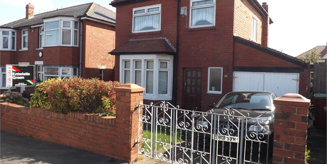 Offers Over £160,000, 3 Bedroom Detached House For Sale in Blackpool, FY3