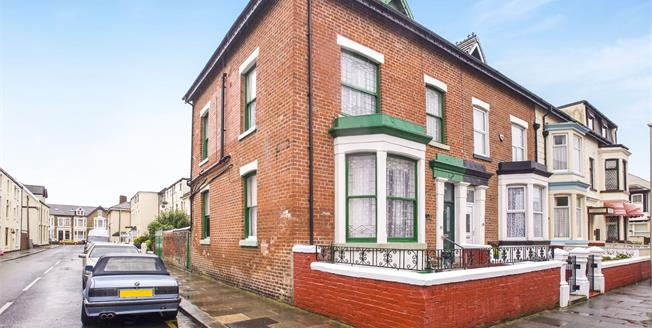 Asking Price £125,000, 5 Bedroom Semi Detached House For Sale in Blackpool, FY4