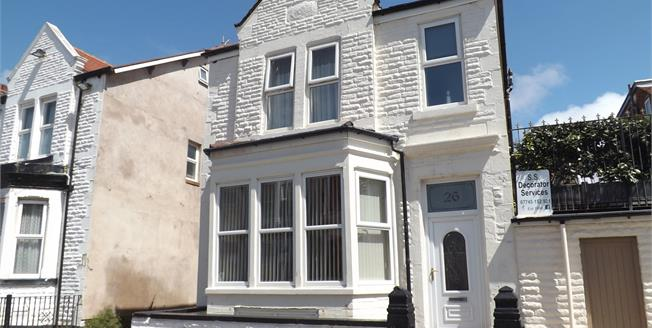 Offers Over £130,000, 3 Bedroom Link Detached House For Sale in Blackpool, FY1