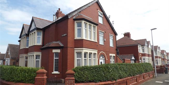 Asking Price £170,000, 5 Bedroom Semi Detached House For Sale in Blackpool, FY1
