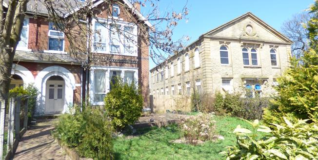 Asking Price £225,000, 7 Bedroom Semi Detached House For Sale in Burnley, BB10
