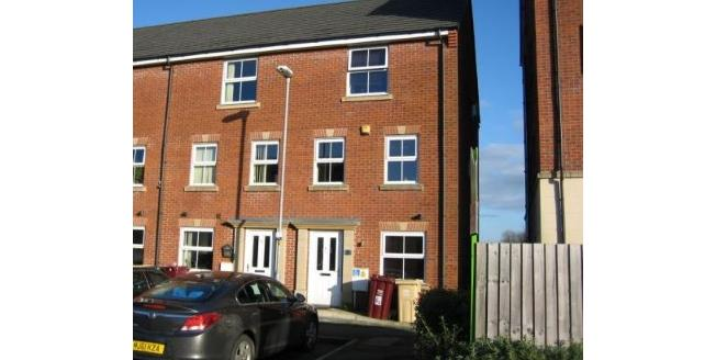 Guide Price £110,000, 4 Bedroom End of Terrace House For Sale in Bolton, BL3