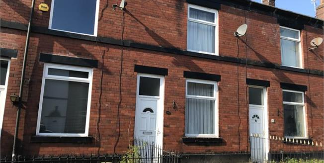 £125,000, 2 Bedroom Terraced House For Sale in Bury, BL8