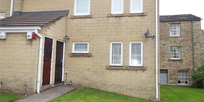 Asking Price £16,500, 1 Bedroom Semi Detached Flat For Sale in Padiham, BB12