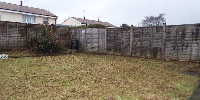 Fixed Price £110,000, 3 Bedroom Semi Detached House For Sale in Burnley, BB10