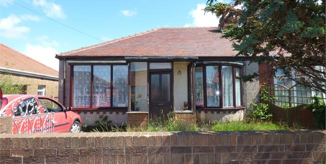 £80,000, 3 Bedroom Semi Detached Bungalow For Sale in Thornton-Cleveleys, FY5