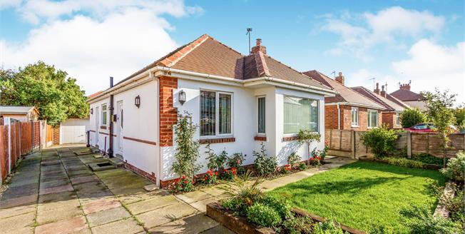 Guide Price £160,000, 2 Bedroom Detached Bungalow For Sale in Thornton-Cleveleys, FY5