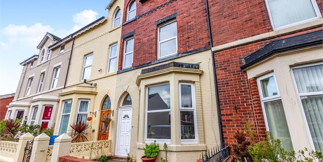 Asking Price £110,000, 4 Bedroom Terraced House For Sale in Fleetwood, FY7