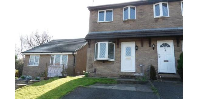£85,000, 2 Bedroom Semi Detached House For Sale in Nelson, BB9