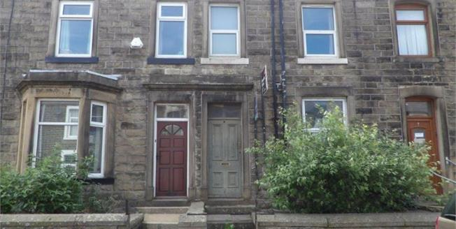 £87,500, 3 Bedroom Terraced House For Sale in Barnoldswick, BB18