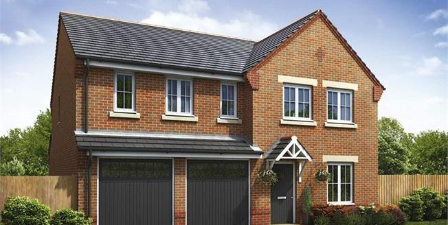 £318,995, 5 Bedroom Detached House For Sale in Clayton-le-Woods, PR6