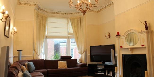Offers Over £230,000, 3 Bedroom Flat For Sale in Preston, PR1