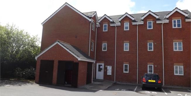 £55,000, 2 Bedroom Flat For Sale in St. Helens, WA9