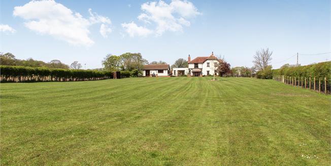 Asking Price £799,995, 5 Bedroom Detached House For Sale in Thistleton, PR4
