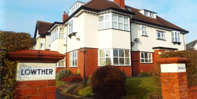 £135,000, 2 Bedroom Upper Floor Flat For Sale in Lytham St. Annes, FY8