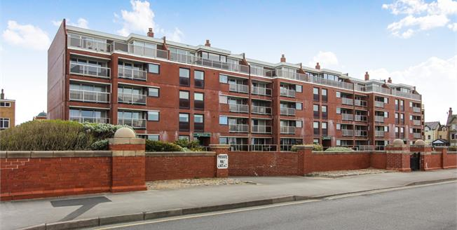 Asking Price £235,000, 2 Bedroom Flat For Sale in Lytham St. Annes, FY8