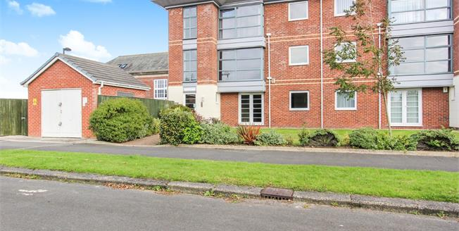 Offers Over £150,000, 2 Bedroom Flat For Sale in Lytham St. Annes, FY8