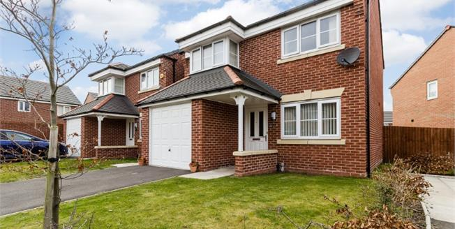£165,000, 3 Bedroom Detached House For Sale in Bootle, L20
