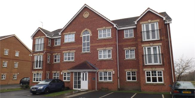 Asking Price £74,995, 2 Bedroom Flat For Sale in Hindley Green, WN2