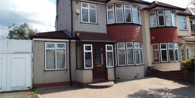 Guide Price £600,000, 4 Bedroom Semi Detached House For Sale in Ilford, IG5