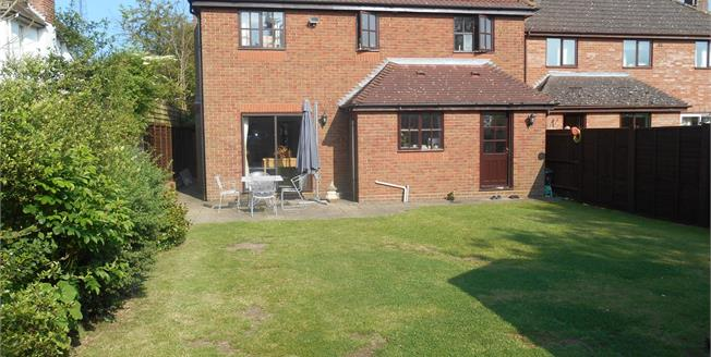 Guide Price £425,000, 4 Bedroom Detached House For Sale in Braintree, CM7