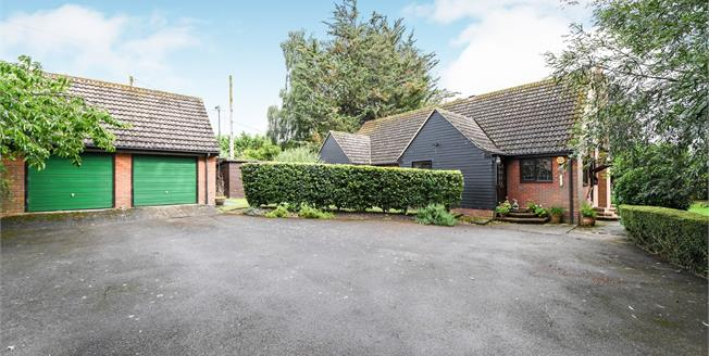 Asking Price £500,000, 4 Bedroom Detached Bungalow For Sale in Braintree, CM7