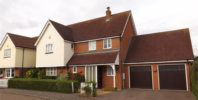 Asking Price £550,000, 4 Bedroom Detached House For Sale in Burnham-on-Crouch, CM0