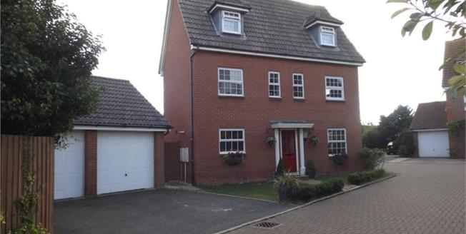 Asking Price £340,000, 5 Bedroom Detached House For Sale in Clacton-on-Sea, CO16