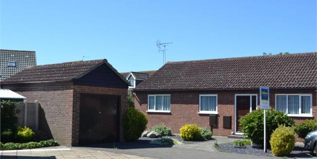 Guide Price £230,000, 3 Bedroom Semi Detached Bungalow For Sale in Clacton-on-Sea, CO16