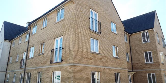 Asking Price £150,000, 2 Bedroom Ground Floor Flat For Sale in Colchester, CO4