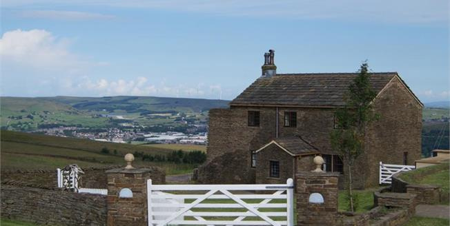 Offers Over £519,000, 4 Bedroom Detached House For Sale in Ramsbottom, BL0