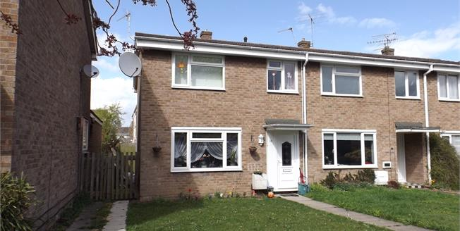 Offers in excess of £250,000, 3 Bedroom End of Terrace House For Sale in Colchester, CO1