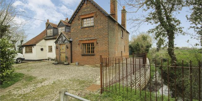 Asking Price £850,000, 5 Bedroom Detached House For Sale in Beauchamp Roding, CM5